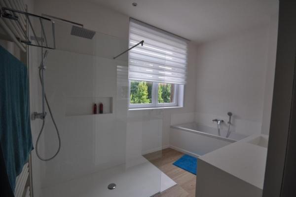 Badkamers vanhoucke franky bvba - Italiaanse design badkamer ...